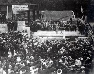 Laying the cornerstone of Alumni Memorial Hall, 1908